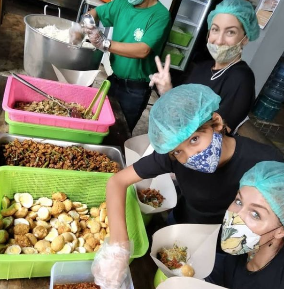 Alive Wholefoods giving back to Balinese in COVID